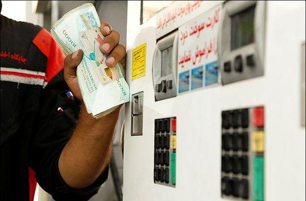 اجرای شبانه سهمیهبندی بنزین اشتباه بود