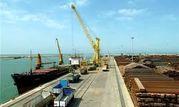 روند اجرایی تکمیل پروژه اسکله رو- رو ریلی بندرامیرآباد بررسی شد