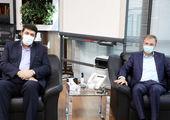 نشان خدمت به پیشکسوتان حوزه سلامت در شمال تهران اهداء شد