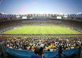 هر صندلی ورزشگاه آزادی پانزده هزار نفر مشتری دارد!