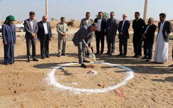 کلنگ احداث دو مدرسه در روستاهای خوزستان به زمین زده شد