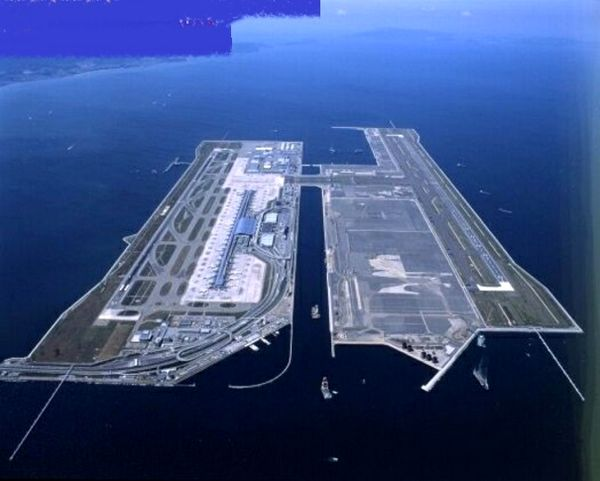 ساخت یک فرودگاه روی آب+عکس
