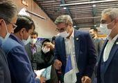 بازدید دکتر زرندی  از غرفه شرکت معدنی و صنعتی چادرملو