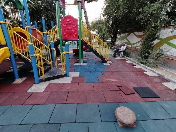 احداث زمین بازی کودکان در بوستان های منطقه 3