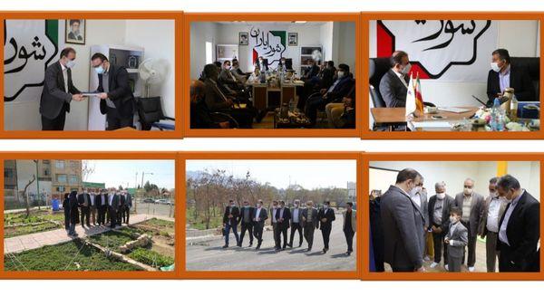 اعطای احکام دبیران و کارگروه های تخصصی شورایاری منطقه ۱۵