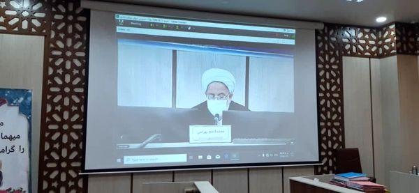 آیت الله مصباح یزدی یکی از ستون های مهم حوزه علمیه و کشور بود