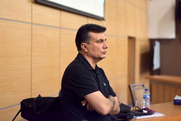 رفعتی: حملات به داوران غیرمنصفانه است