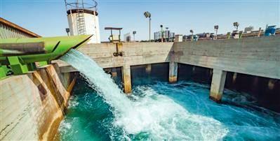بی نیازی صنایع از آب زایندهرود با انتقال آب از خلیجفارس به اصفهان