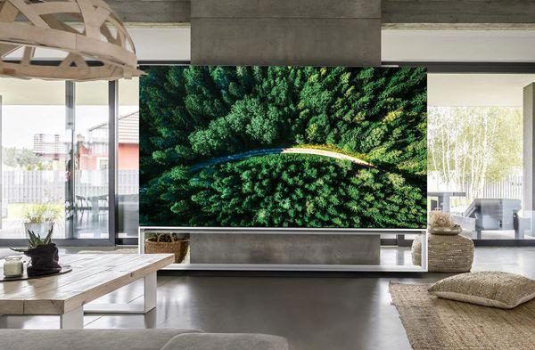 چرا باید تلویزیون 8K بخریم؟