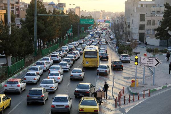 احداث سی و نهمین تقاطع غیر همسطح منطقه چهار در بزرگراه شهید باقری