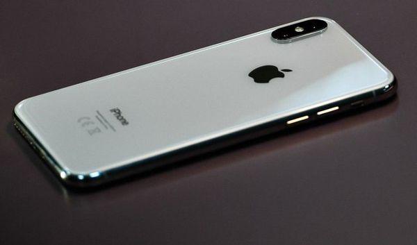 مقایسه مشخصات فنی سه آیفون 2018 اپل + عکس
