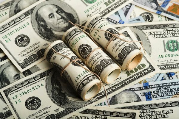 ارز مسافرتی ۱۰۰۰ تومان ارزان شد