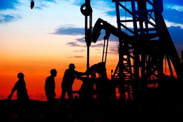 کاهش 4 درصدی واردات نفت آسیا از ایران