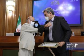 تقدیر شورای ششم از پیروز حناچی شهردار سابق تهران
