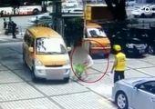 اقدام یک زوج خوشحال پس از تصادف شدید! +عکس