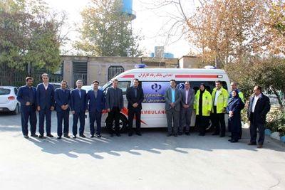 اهدای یک دستگاه آمبولانس توسط بانک رفاه به دانشگاه علوم پزشکی اراک