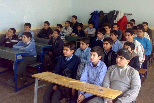 20 درصد دانش آموزان ایران چاق هستند