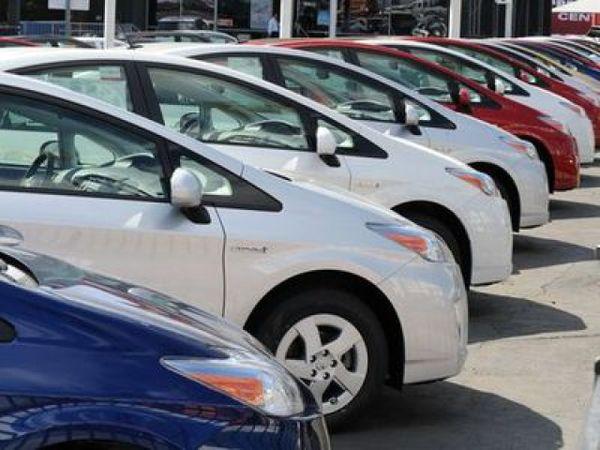 دولت مخالف ورود شورای رقابت به قیمت گذاری خودرو