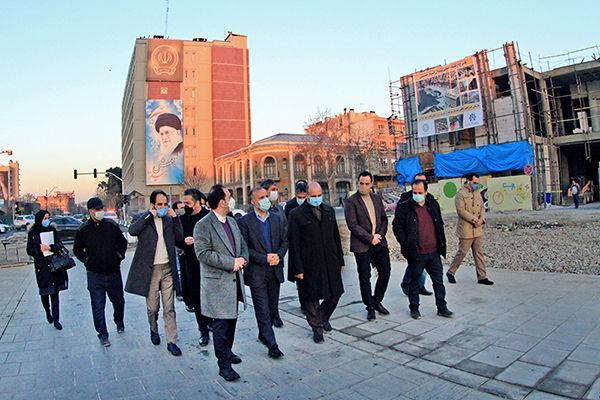 بازدید معاون هماهنگی و امور مناطق شهرداری تهران از پروژه احداث ساختمان خانه شهر