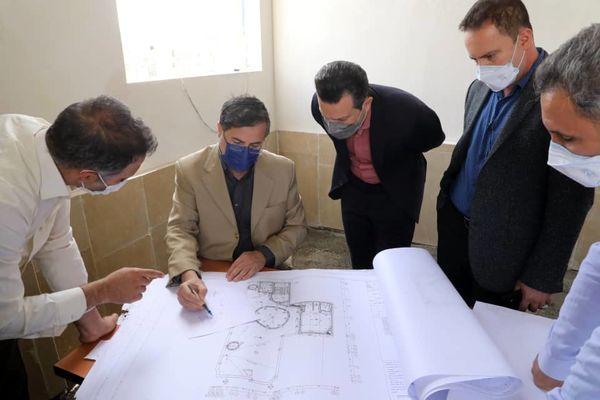 توجه به معماری اصیل ایرانی و روح معماری اسلامی