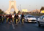 شهرداران مناطق9و10 با دوچرخه به محل خدمت رفتند