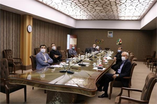 برگزاری سومین نشست کارگروه بازبینی تصاویر استاد فارسی