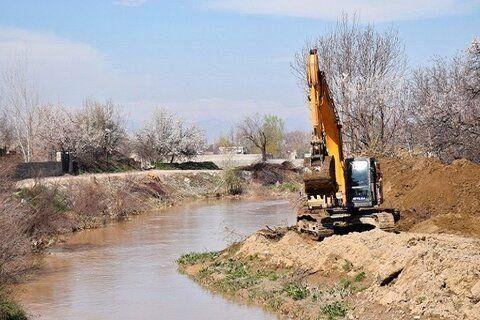 74 کیلومتر از رودخانههای استان همدان لایروبی شد