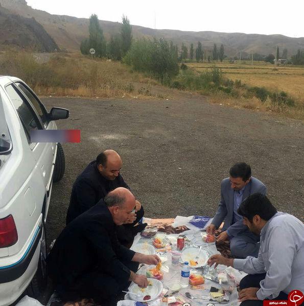 ناهارخوردن رئیس کمیته امداد در کنار جاده !+عکس