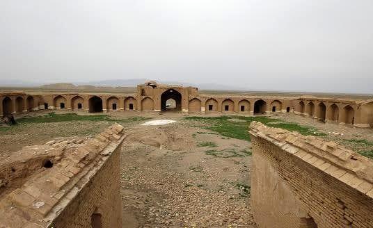 سه اثر تاریخی استان مرکزی در انتظار سرمایهگذار