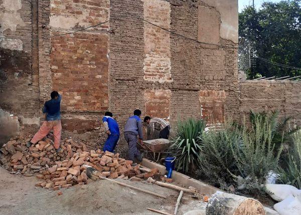 اجرای پنج پروژه پیرایش شهری در جدارههای خیابان شوش آغاز شد