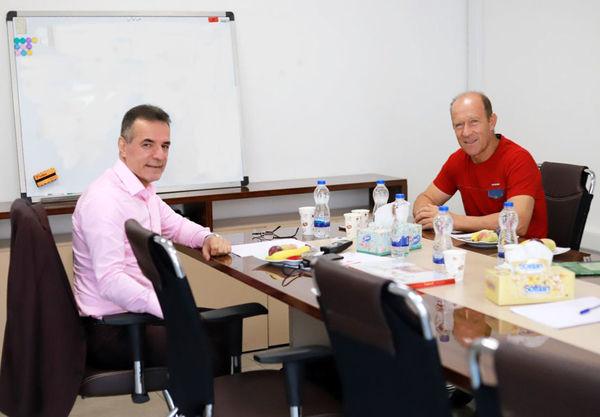 جلسه مدیر عامل پرسپولیس با سرمربی و مدیر تیم برگزار شد