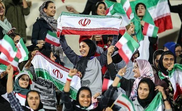 18 مهرماه زنان در ورزشگاه آزادی حضور می یابند