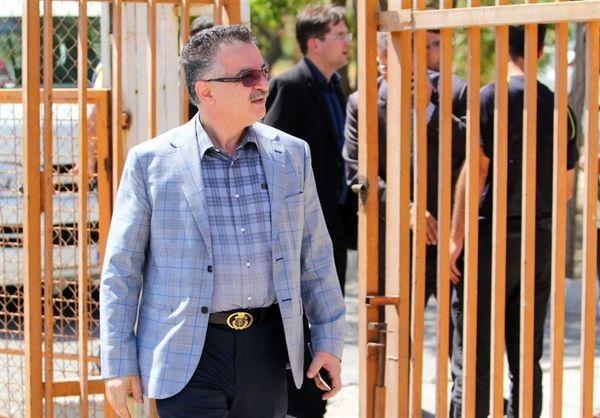 زنوزی: فروزان باید امروز به کمیته اخلاق برود/ شرایط تراکتورسازی آرمانی است