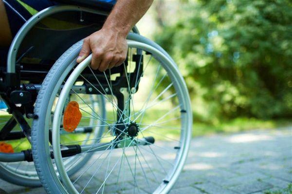 ایجاد گذر ایمن برای تردد معلولین در منطقه سه
